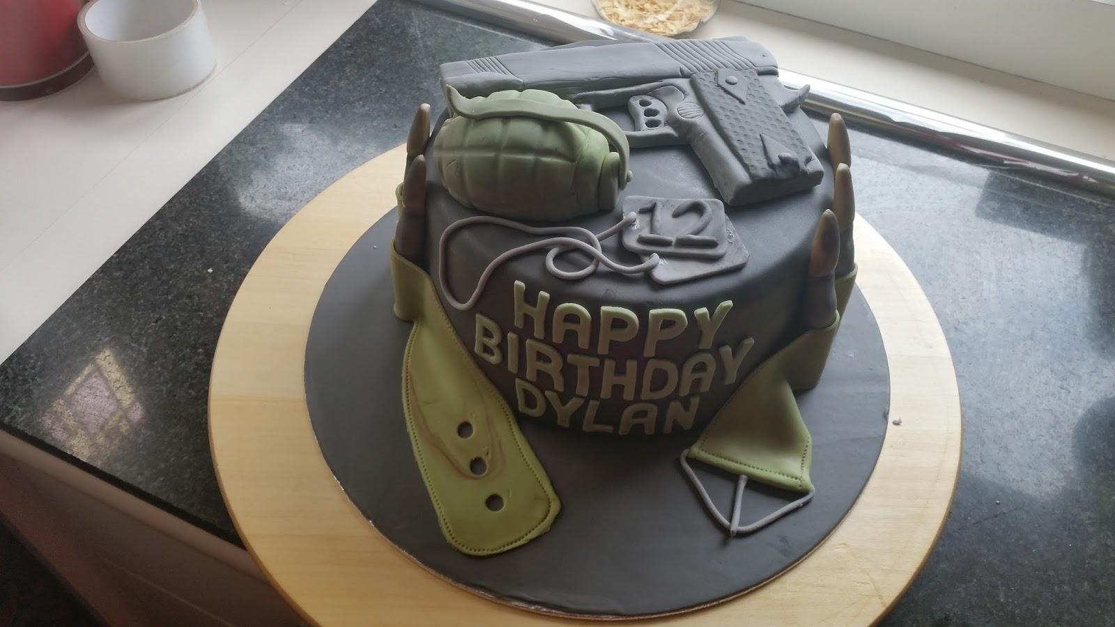 leger taart Saskia bakt erop los: Taart voor Dylan leger taart