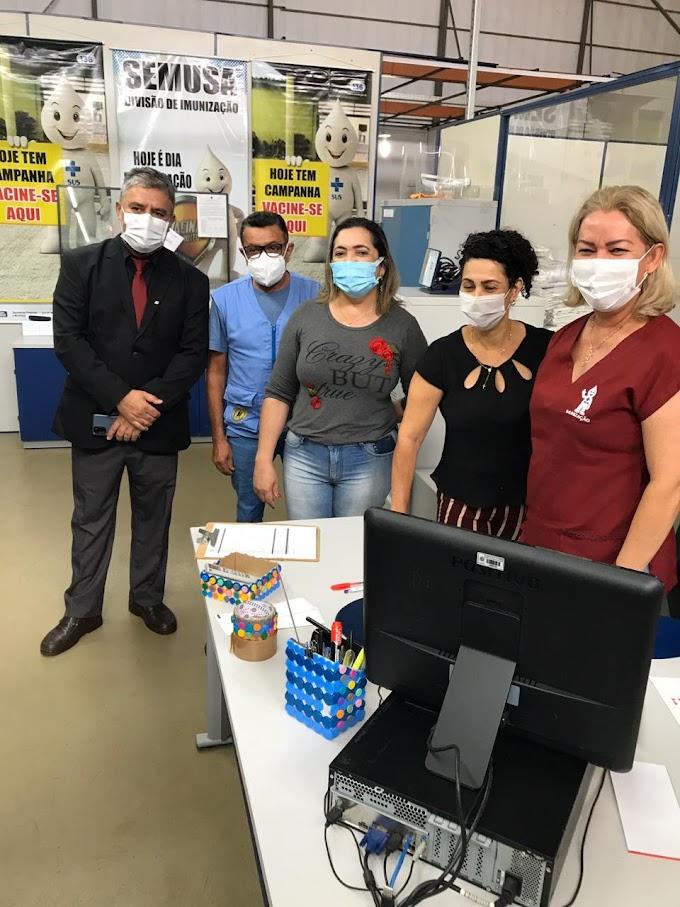 """Vereadores constatam que ribeirinhos atingidos pela cheia do Madeira estão recebendo """"cestão"""" da prefeitura"""