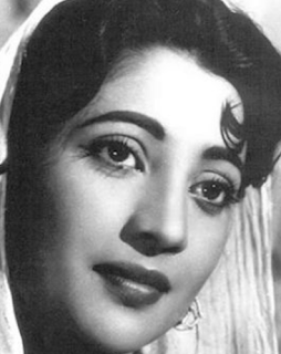 Suchitra Sen movies, old, photo, recent photo, images, songs, uttam kumar, husband, last photo, hindi movies, marriage, biography, wiki