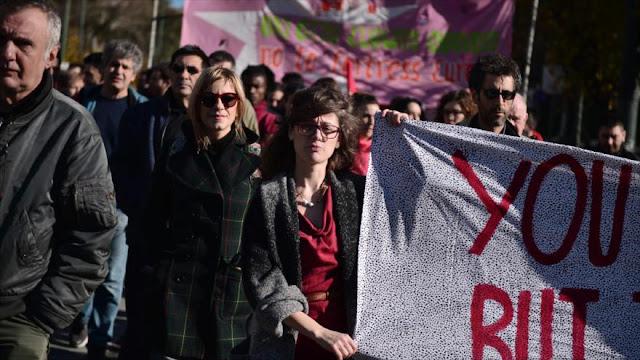 Activistas protestan en Atenas contra políticas migratorias de UE