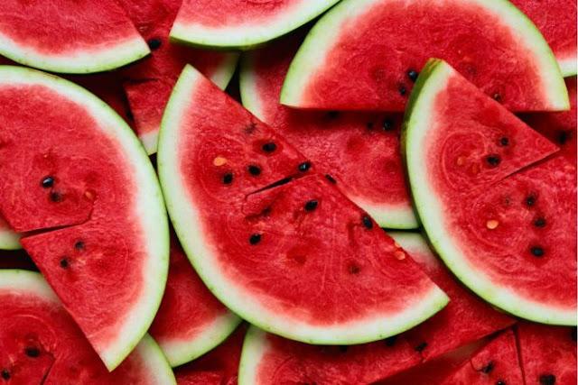 4 Manfaat Semangka untuk Kulit Tubuh - Kabar Terkini Dan Terupdate