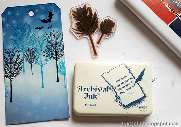 Layers of ink - Halloween Silhouettes on glossy cardstock by Anna-Karin Evaldsson. Stamp with Simon Says Stamp All Seasons Tree.
