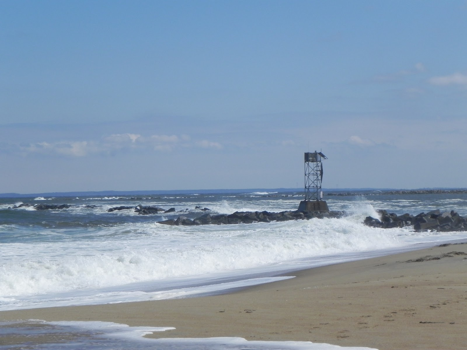 Salisbury Beach New Hampshire Enjoying The Large Waves And Collecting Sea Gl Mini Pieces Of Driftwood