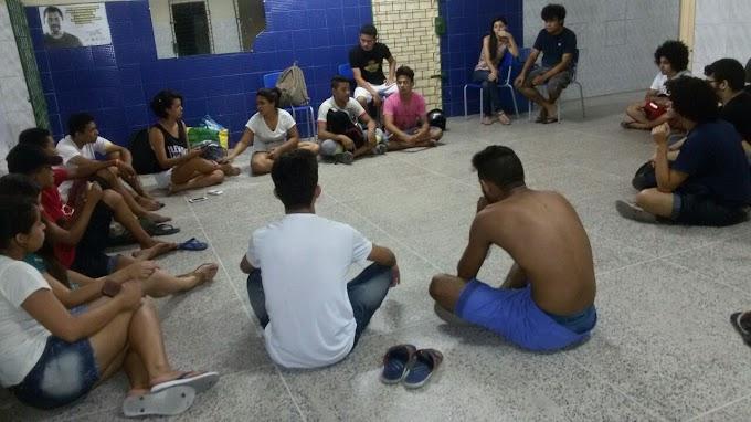Em Sobral: Alunos ocupam Colégio Estadual Dom. José Tupinamba da Frota