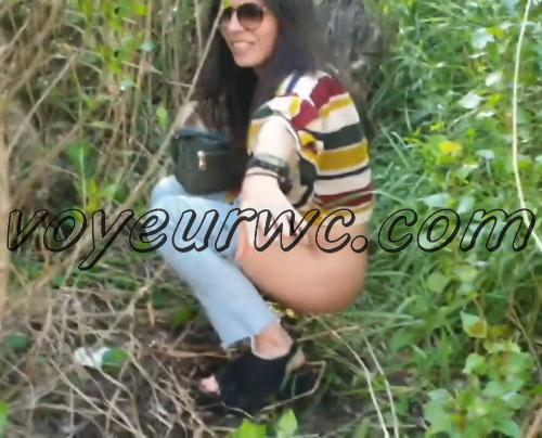Girls Gotta Go 173 (Voyeur pee videos - Drunk spanish chicks peeing in public at festival)