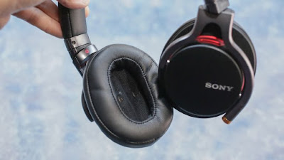 Sony MDR-1A Picture 1