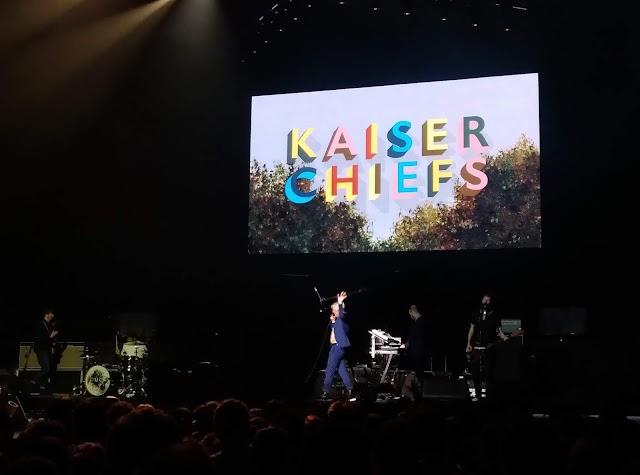 """Kaiser Chiefs abre show para o Muse e deixa o os fãs com gostinho de """"quero mais"""""""