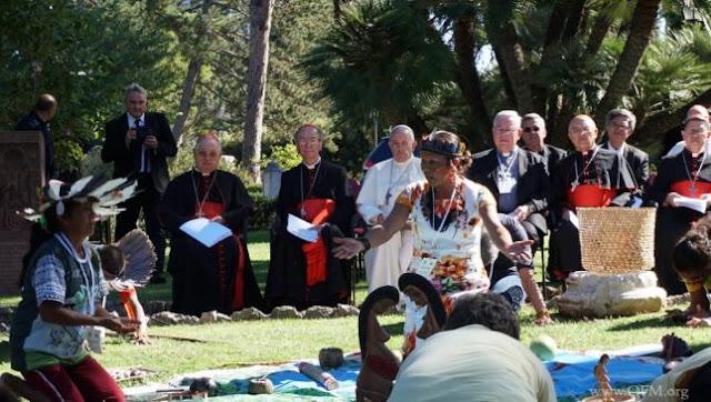 News au 11 novembre 2019 Indigenous_Leader_Pachamama_Pope_Francis_645_365_75