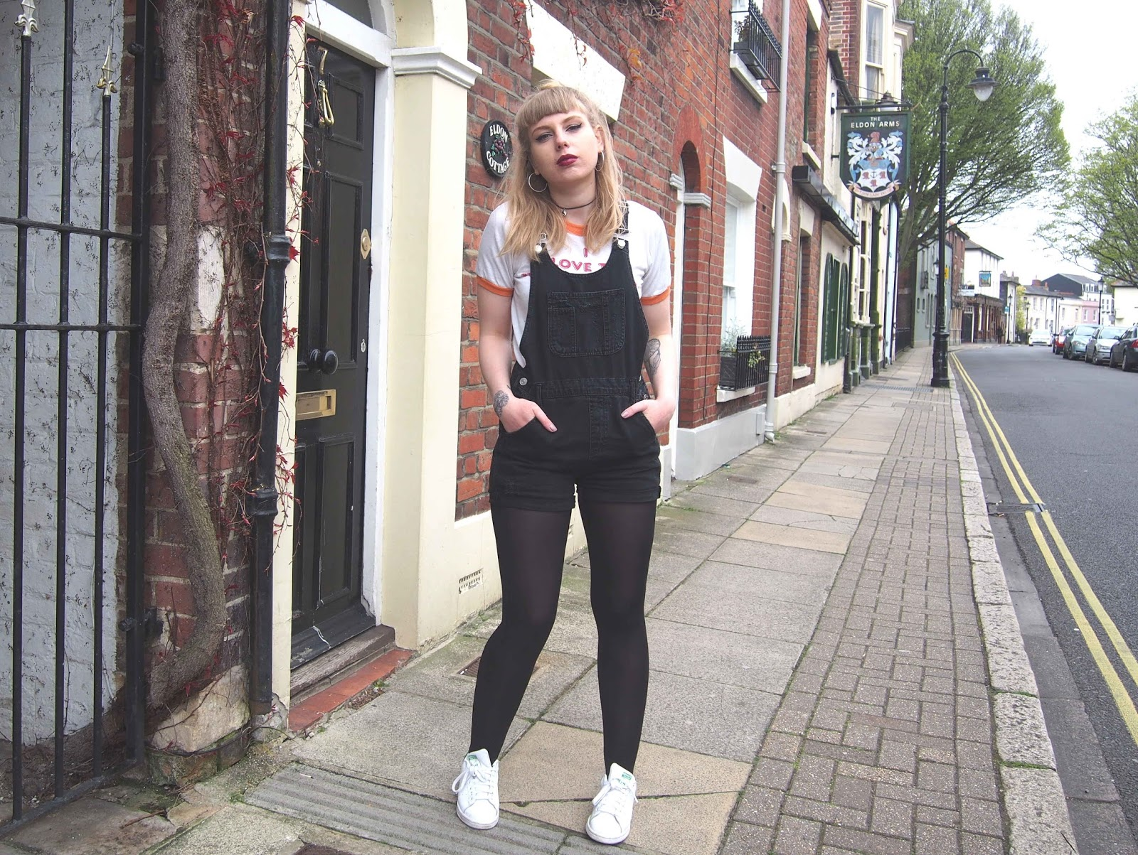 black distressed dungarees, ringer tee, 70s t-shirt, spring summer outfit inspiration, grunge inspired outfit, alternative unique fashion style, choker 4