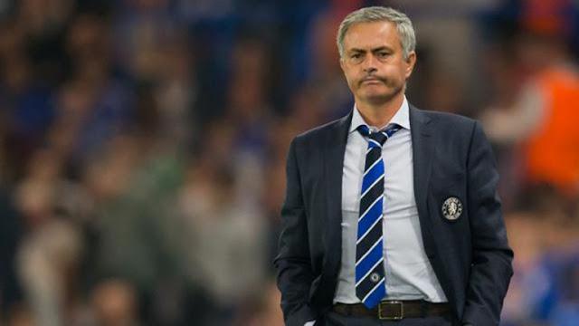 Nike prefirió evitar a Mourinho en el banco del Chelsea