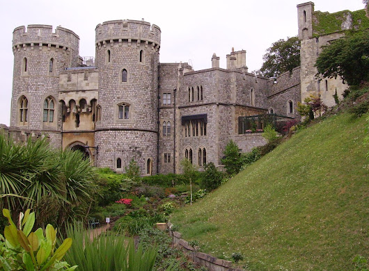 Windsor-England | Iconic House of a Distinguished Monarchy.