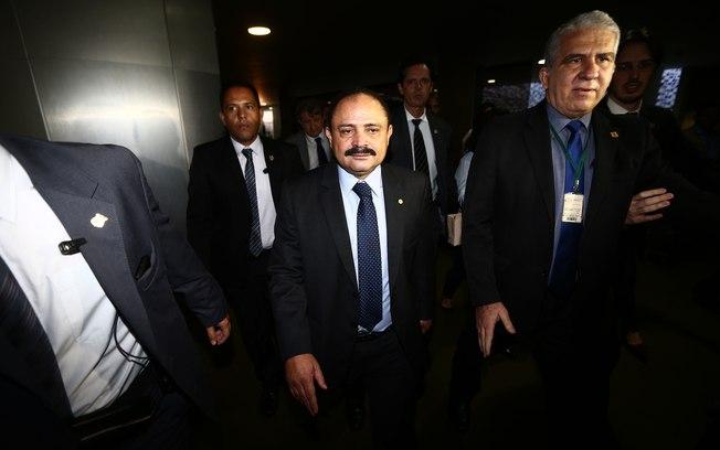 Câmara irá arquivar representação contra Waldir Maranhão