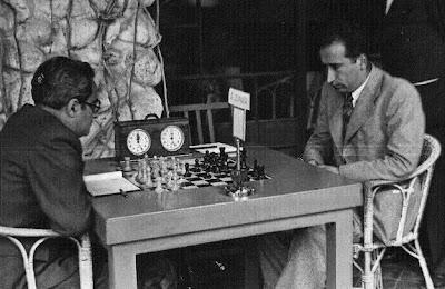 Julius Sunyer-Rafael Doménech en el I Torneo Internacional de Ajedrez de Sitges 1934