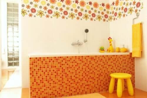 tujuh-ide-dekorasi-kamar-mandi-ramah-anak