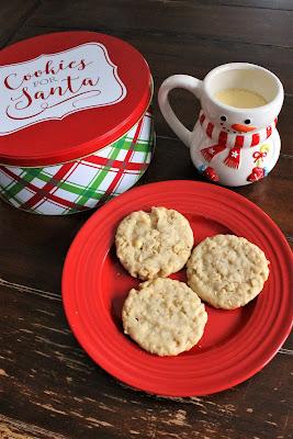 Delicious Cookies for Santa's Cookie Plate #ChristmasCookiesWeek #ChristmasCookies #sponsored