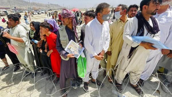 Kisah Pilu Warga Afghanistan Tak Ikut Pesawat Evakuasi Terakhir