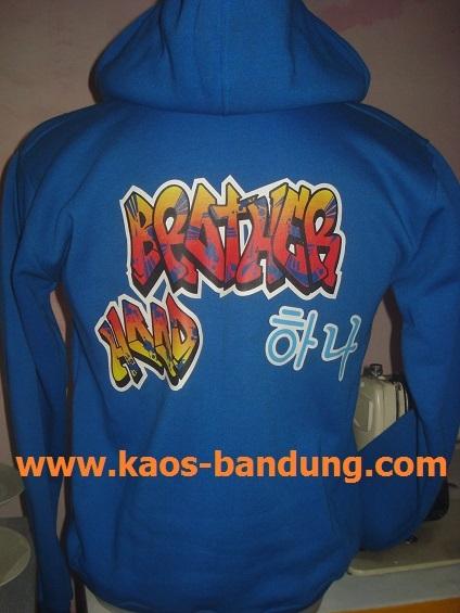 Tempat Konveksi Jasa Pembuatan Kaos Sweater Baju Sablonan Murah Bandung