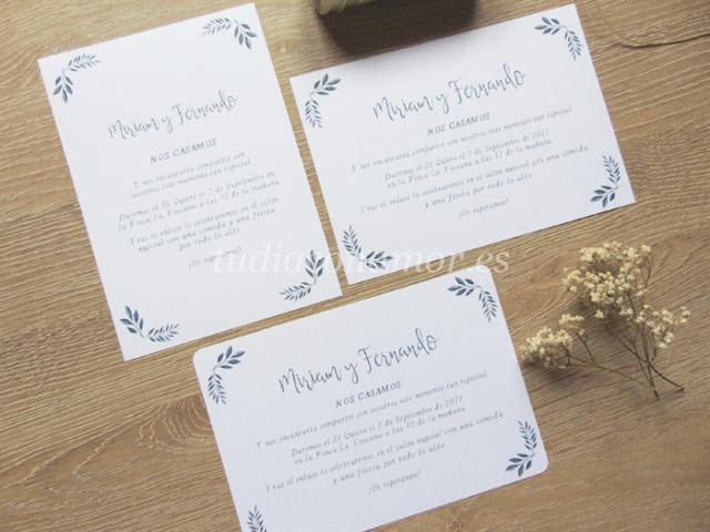 Invitación de boda estilo tarjetón tipo tarjetón con detalles de hoja en acuarela y letras escritas a mano