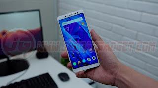 Desain Depan Xiaomi Redmi Note 5 Pro