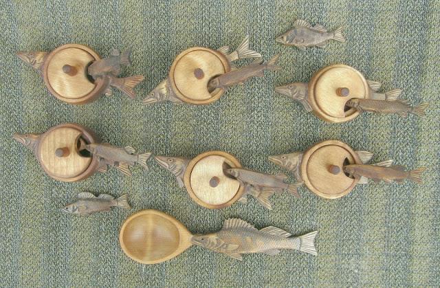 солонки из дерева в подарок рыбаку
