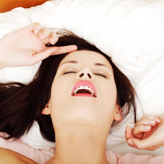 Jaw Dropping 11 Types of Orgasms Females Can Have You Are Not Aware About
