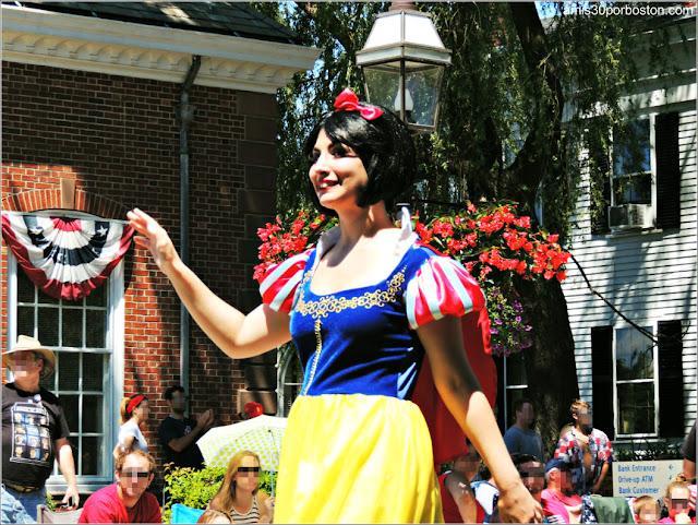 Blancanieves Desfile 4 de Julio Bristol