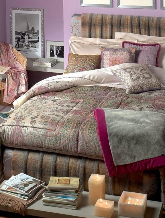 cuarto decorado con lila