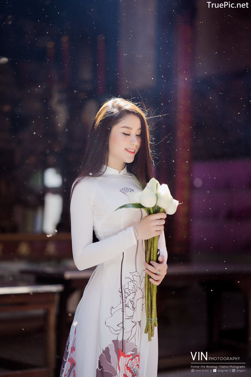 Image-Vietnamese-Beautiful-Girl-Ao-Dai-Vietnam-Traditional-Dress-by-VIN-Photo-1-TruePic.net- Picture-9