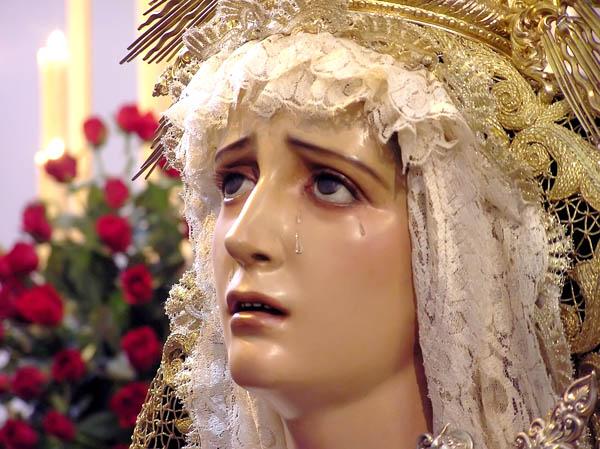 María Santísima de los Dolores (Hdad Nazareno de Cádiz) subiendo la Rampa de la SI Catedral 2019