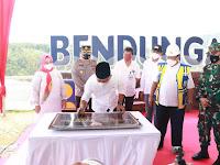 """Drs. Setiyo Hari Sujatmiko, A.P camat Sawoo : Semoga dengan adanya bendungan Bendo  bermanfaat bagi masyarakat Ponorogo dan menjadi"""" destinasi wisata baru di wilayah kecamatan Sawoo"""""""
