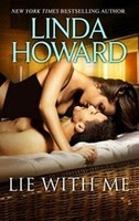 Nằm Cạnh Bên Em - Linda Howard