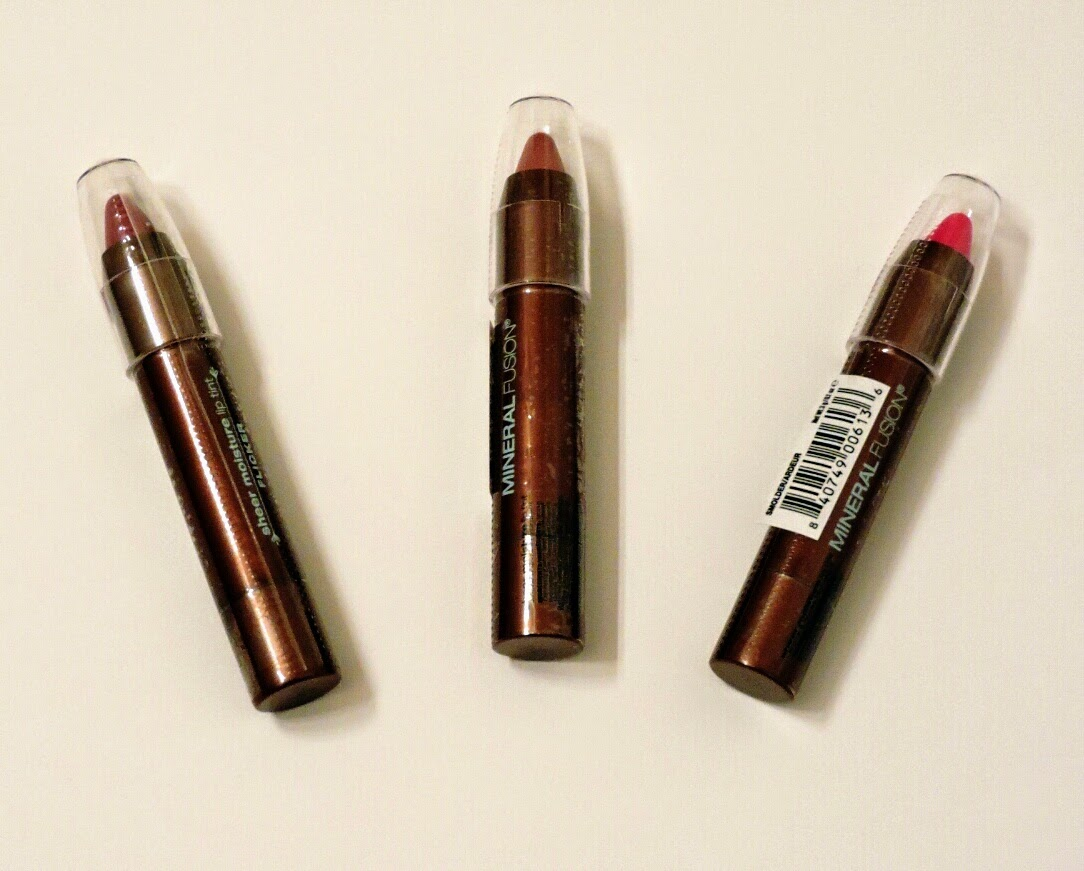 Mineral Fusion Sheer Moisture Lip Tints (Holiday Edition) Review via www.productreviewmom.com