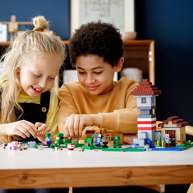 Lego Minecraft The Crafting Box 3.0