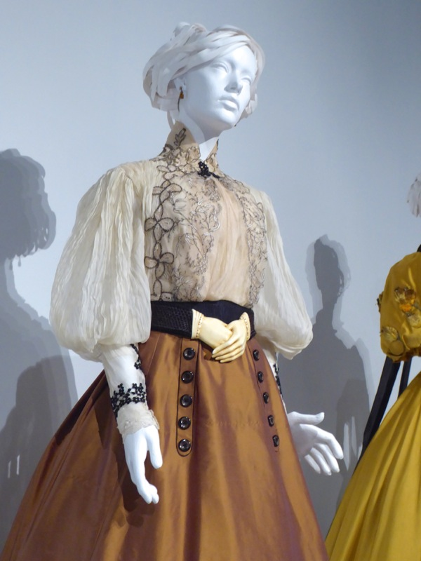 Edith Cushing Crimson Peak film costume