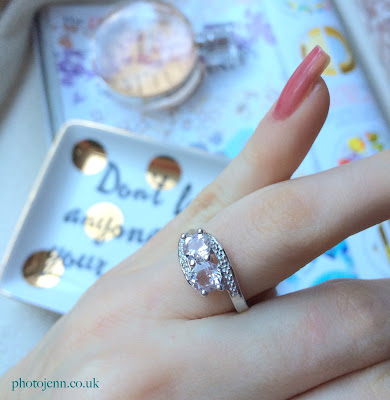 gemporia-affordable-engagement-ring-diamond-morganite