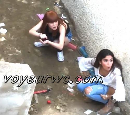 Girls Gotta Go 91-92-93 (Voyeur pee videos - Drunk spanish chicks peeing in public at festival)