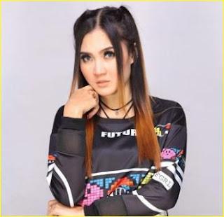 Kumpulan Lagu Nella Kharisma Om Lagista Mp3 Terbaru Full Album Rar
