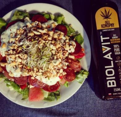 Sałatka z chorizo i mozzarellą