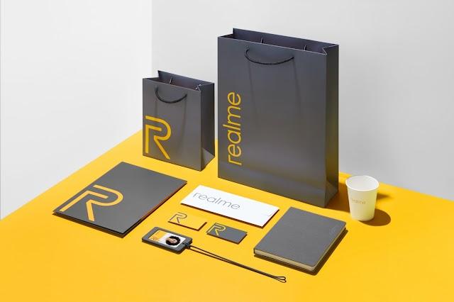 realme สีเอกลักษณ์ประจำแบรนด์ติดเทรนด์สี Pantone มาแรงแห่งปี 2564