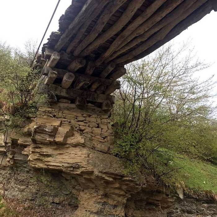An amazing 200-year-old bridge in Dagestan, built without a single nail