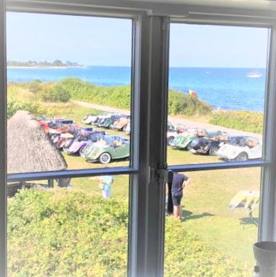 Comemorar um tempo novo é como enxergar além da janela.