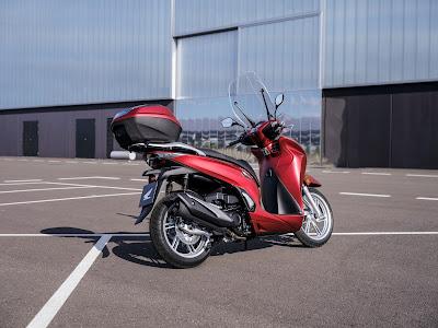 Φωτογραφίες Από Το Νέο Honda SH350i 2021