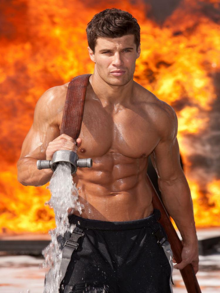 sexiest-shirtless-muscle-firemen-wet-strong-body-daddy