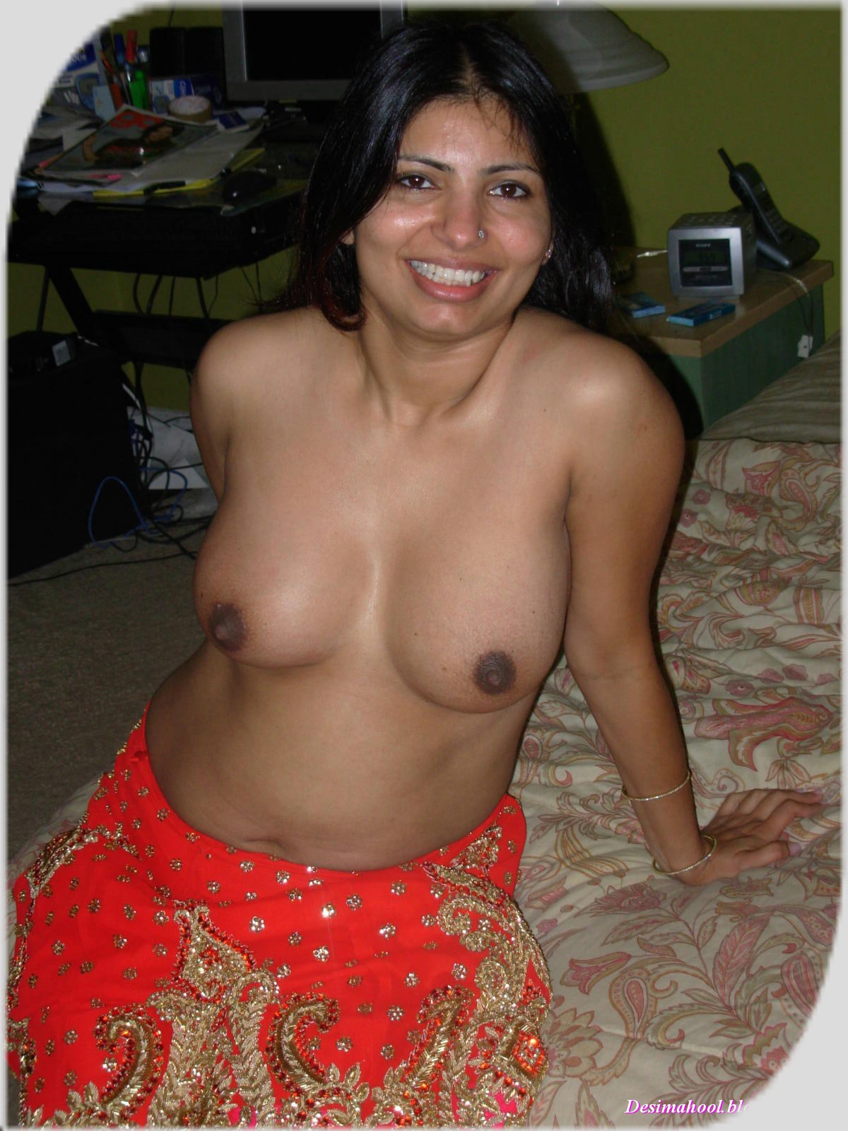 Indian Desi Aunty And Bhabhi Nude Photo Big Boobs Indian -4544