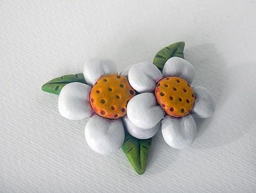 le bomboniere soprammobili artigianali fiori idee battesimo decorazioni per torta orme magiche