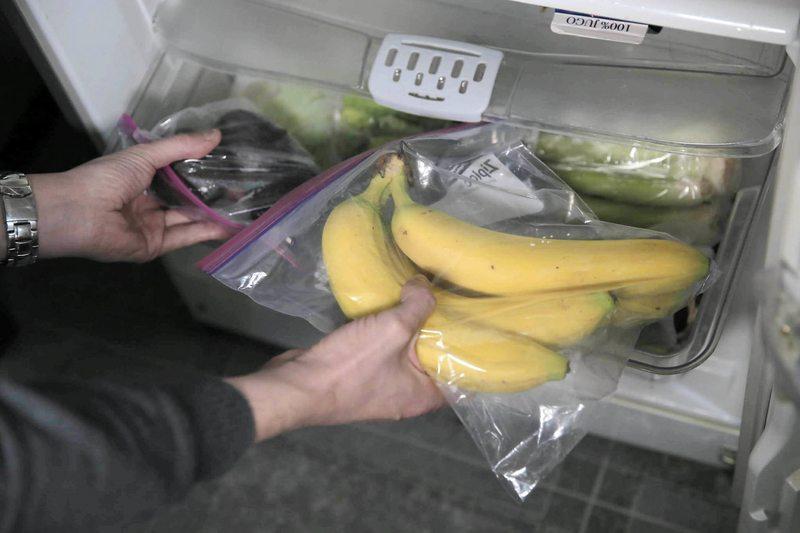 Trucos para evitar que plátanos y paltas maduren tan rápido