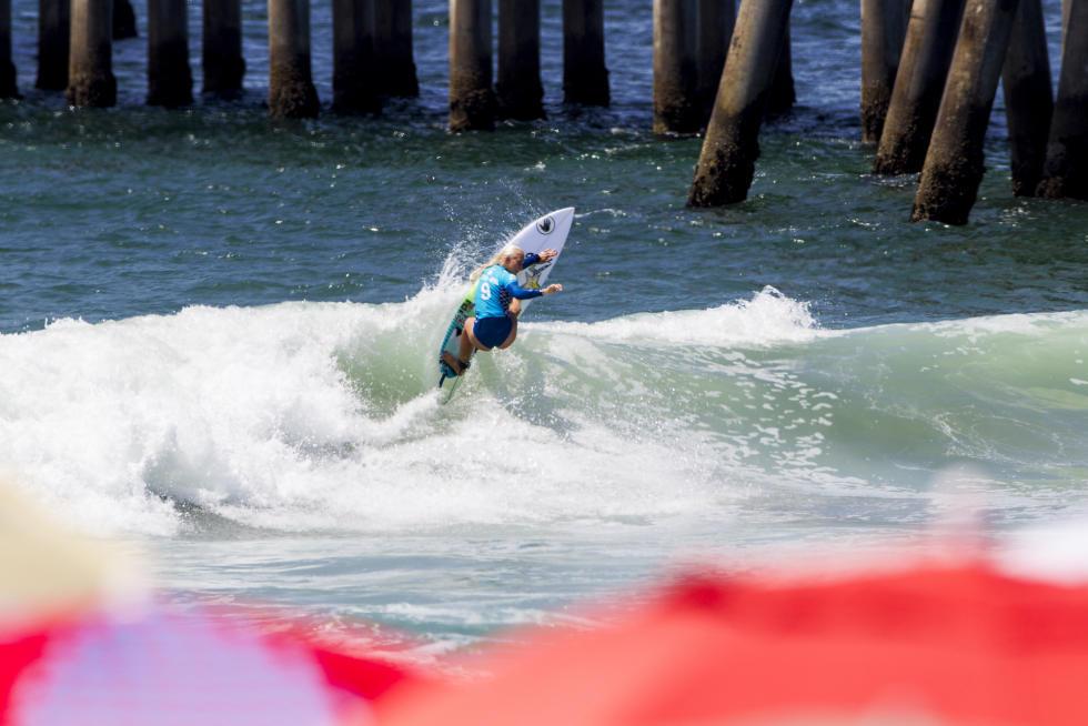 0 Tatiana Weston Webb Vans US Open of Surfing foto Jackson Van Kirk WSL
