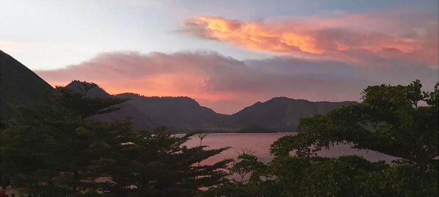 Tour ke Danau Toba dari Silangit 5 Hari 4 Malam