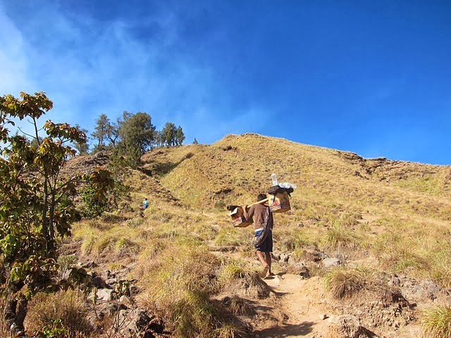 Mount Rinjani Trekking Difficulty