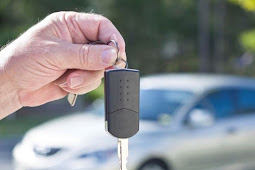 Bad Credit Auto Loans and a No-Frills Car Purchase